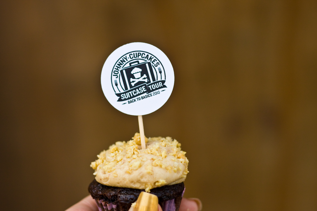 johnny-cupcakes-9713